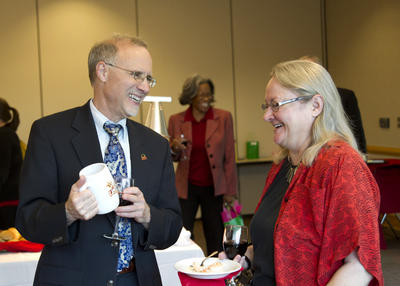 faculty_senate_reception_20120424_6985.jpg