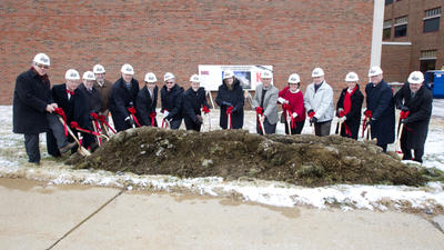 science_complex_groundbreaking_20131209_5400-16x9.jpg