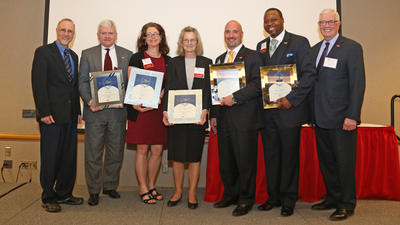 business_achievement_awardees_20140506_0469.jpg